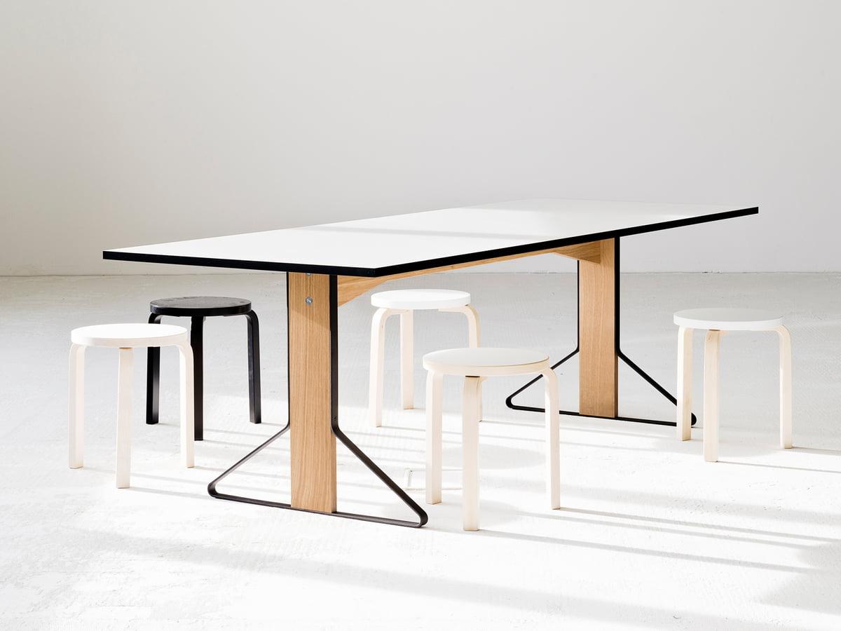 80 wohnzimmertisch thonet beistelltische sofort. Black Bedroom Furniture Sets. Home Design Ideas