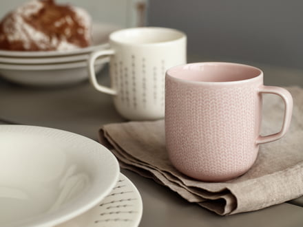 Coffee Mugs for a Colourful Breakfast Table