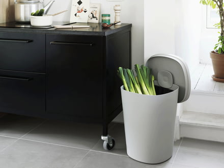 Designer Rubbish Bins by Muuto