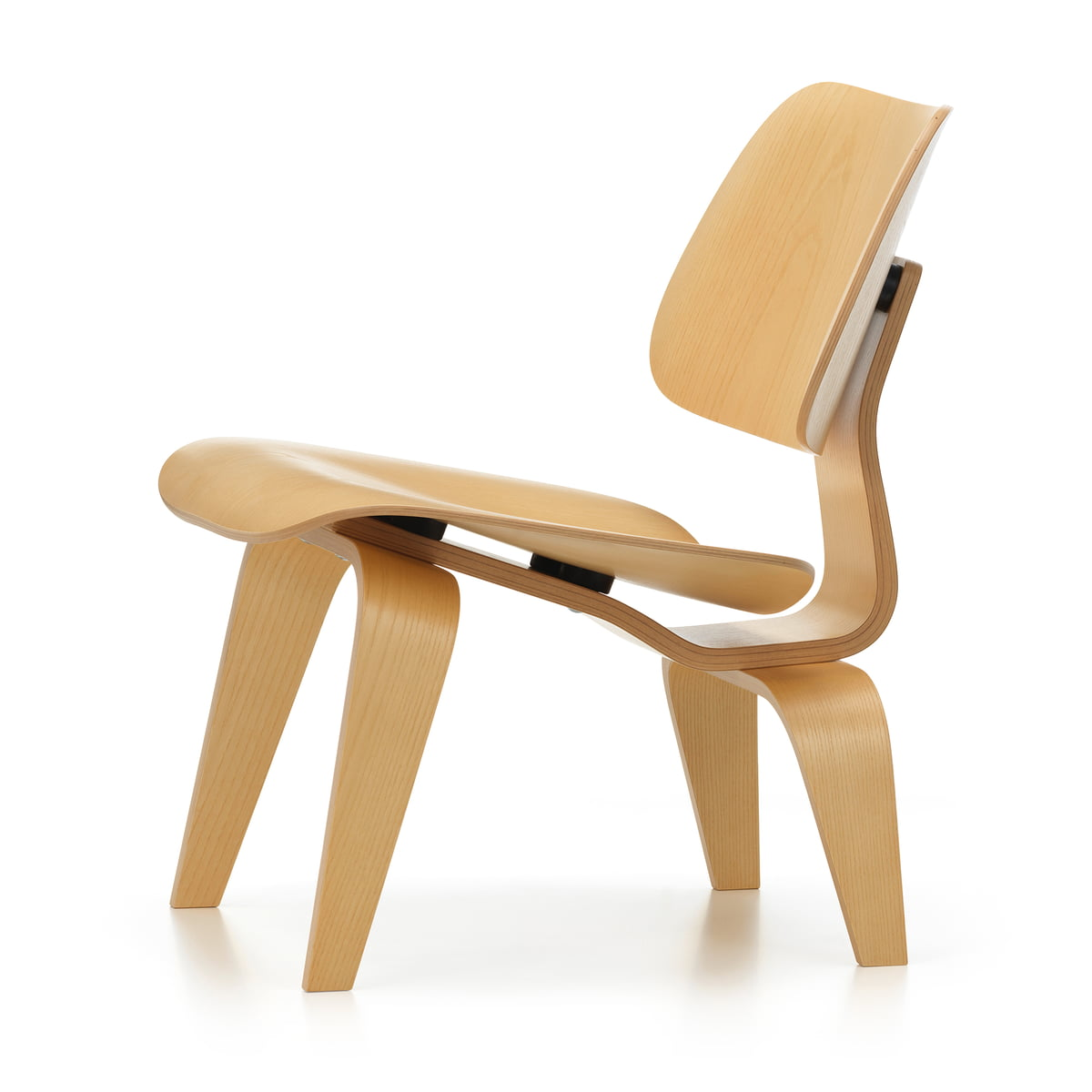 Plywood group lcw chair vitra shop for Fauteuil bois eames