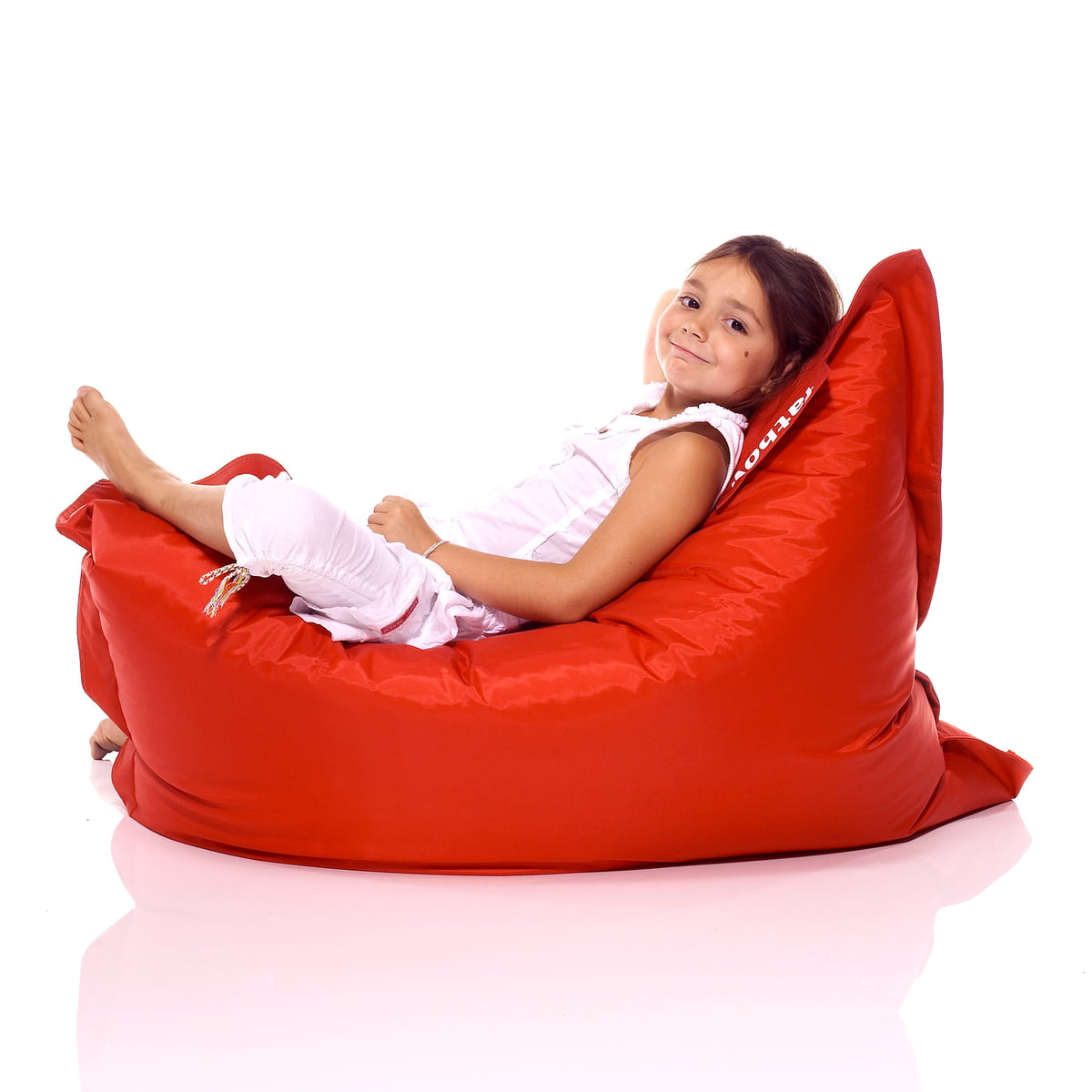 buy the junior beanbag by fatboy in our shop - junior beanbag by fatboy in red