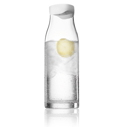 Single image: Menu A/S Water Carafe with lid, 1 litre - white