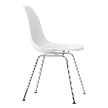 Eames Plastic Side Chair DSX