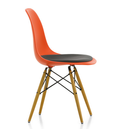 Vitra - Eames Plastic Side Chair DSW, red, with cushion