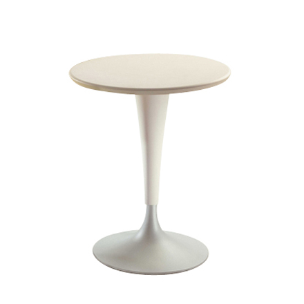 Single image: Dr. Na Bistro Table