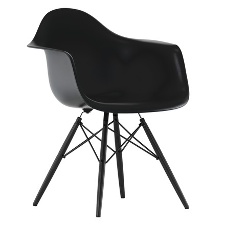 Vitra - Eames Plastic Armchair DAW, basic dark, black maple, single image