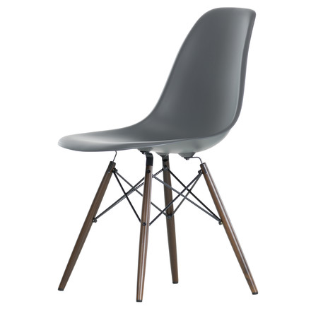 Vitra - Eames Plastic Side Chair DSW, dark maple / basalt, single image