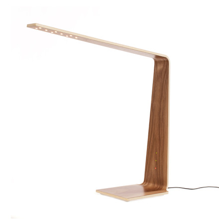Led 8 table lamp with Qi-wireless by Tunto in walnut