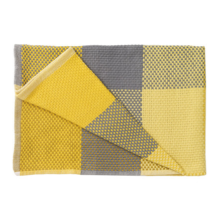 Muuto - Loom Throw, yellow, folded