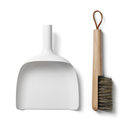 Menu - Hand-brush and Dustpan, white