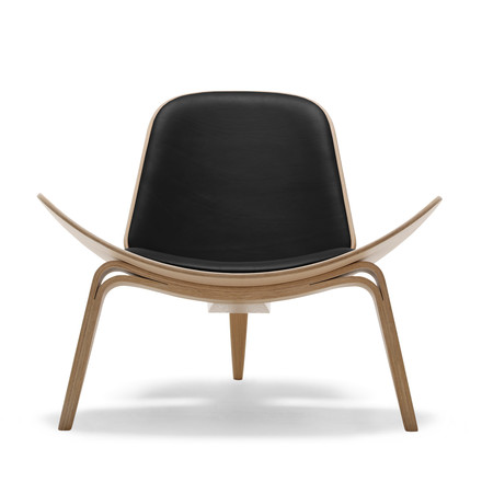 Carl Hansen - CH07 Shell Chair, oak oiled / black (Loke 7150)