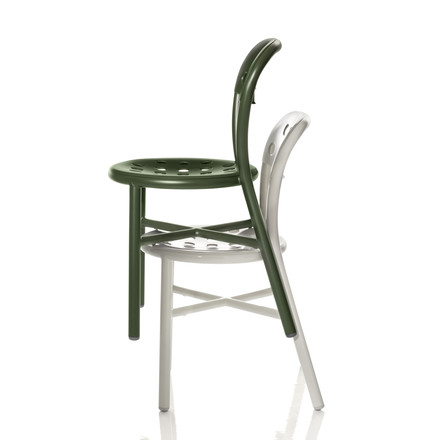Magis - Pipe Chair, green, white, stacked