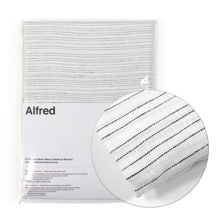 Alfred - Norma Bedding Package with Detail