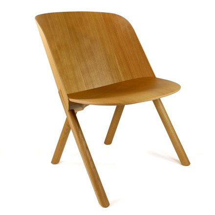e15 - EC05 That Lounge Chair in natural oak