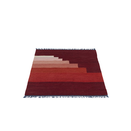 &Tradition - Another Rug AP1, 90 x 140 cm in vulcano red