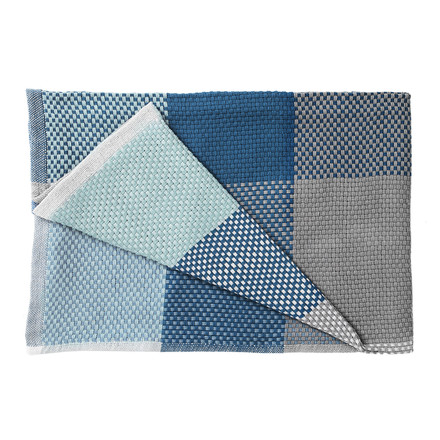 Muuto - Loom Throw, blue, folded