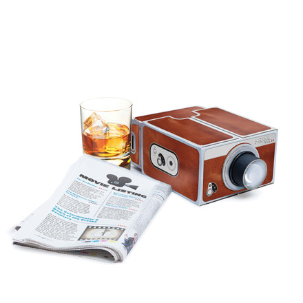 Smartphone projector deluxe by Luckies: