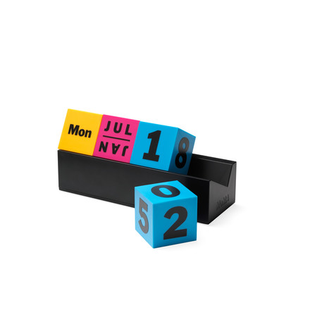 The Cubes Perpetual calendar from the MoMA collection in blue, red, yellow and black