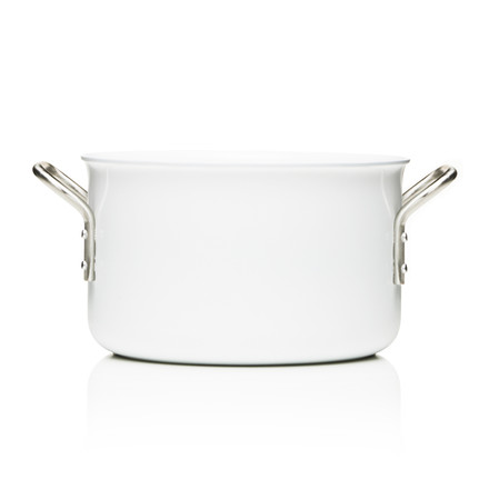 White Line pot with a capacity of 3.8 l by Eva Trio