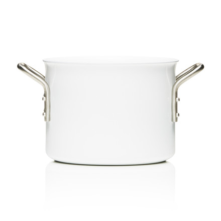 White Line pot with a capacity of 2.5 l by Eva Trio