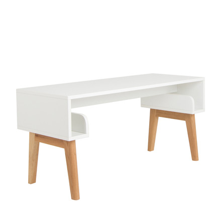 debe.deline Children's Table by de Breuyn