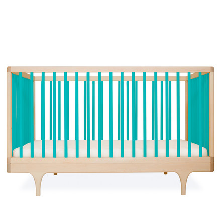 Baby crib Caravan by Kalon made from maple in blue
