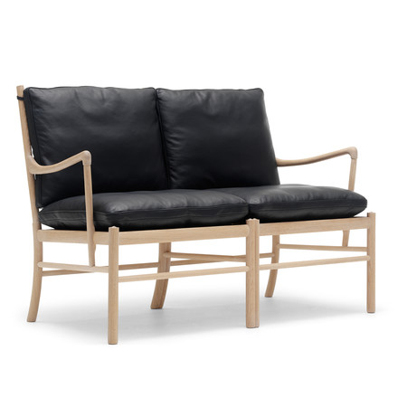 OW149-2 Colonial Sofa by Carl Hansen made from oiled oak and leather in black