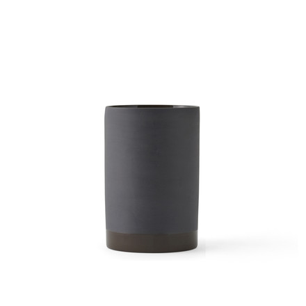 The Cylindrical Vase S by Menu in carbon