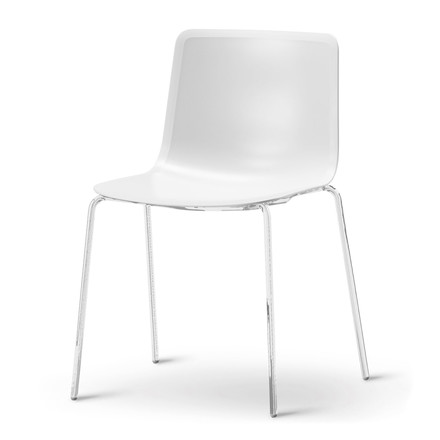 Pato 4 Leg Chair by Fredericia in white / chrome