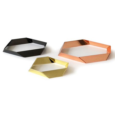 Refined Trivets mad of metal