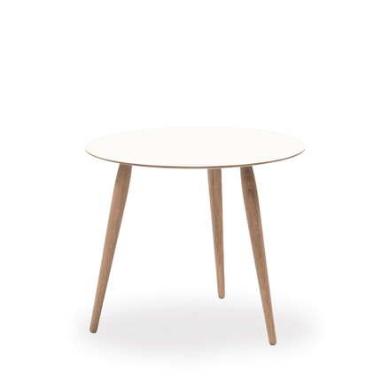 Play Round Laminate Side Table Ø 45 cm by bruunmunch in Crystal White / oak soaped