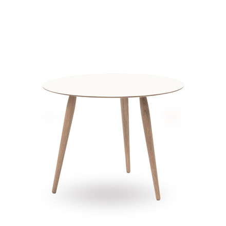 Play Round Laminate Side Table Ø 60 cm by bruunmunch in Crystal White / oak soaped