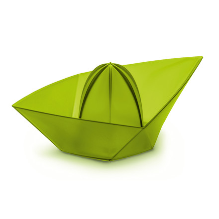 Ahoi squeezer XL by Koziol in olive green