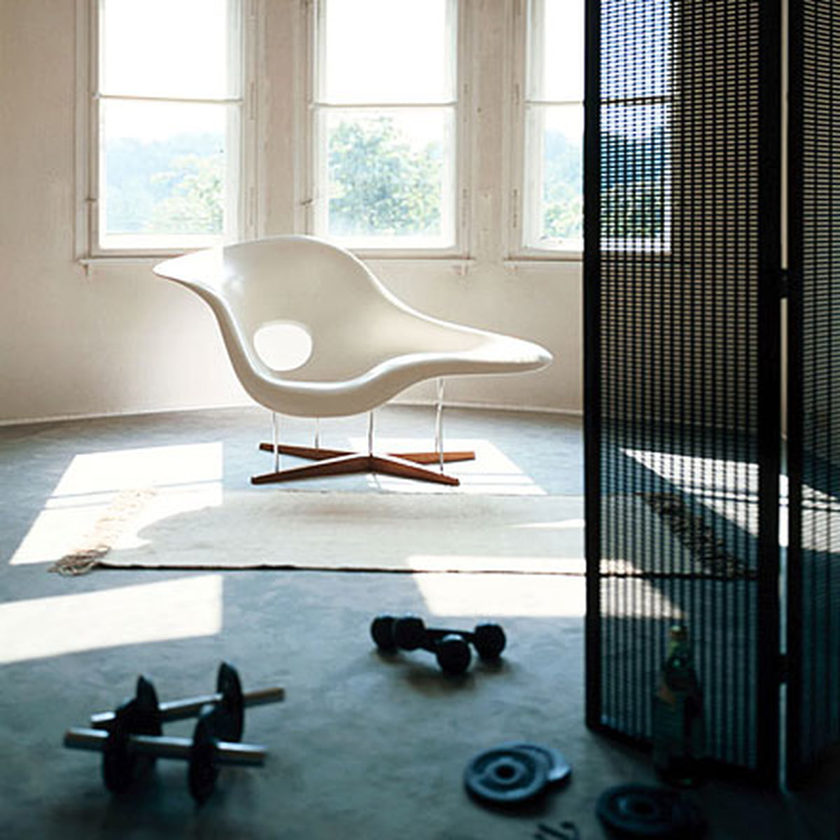 La chaise vitra shop for Chaise design charles eames