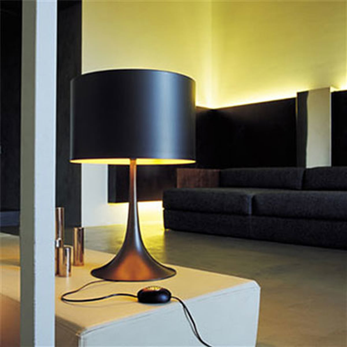 flos spun light table lamp t1 in our shop. Black Bedroom Furniture Sets. Home Design Ideas