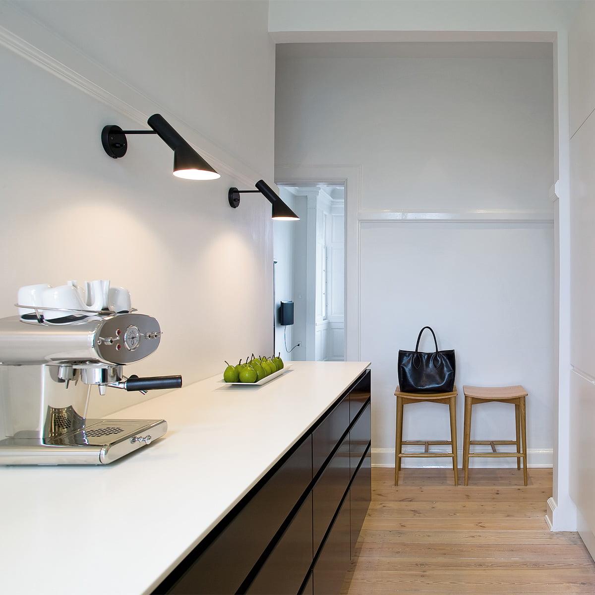 aj royal wall lamp louis poulsen shop. Black Bedroom Furniture Sets. Home Design Ideas