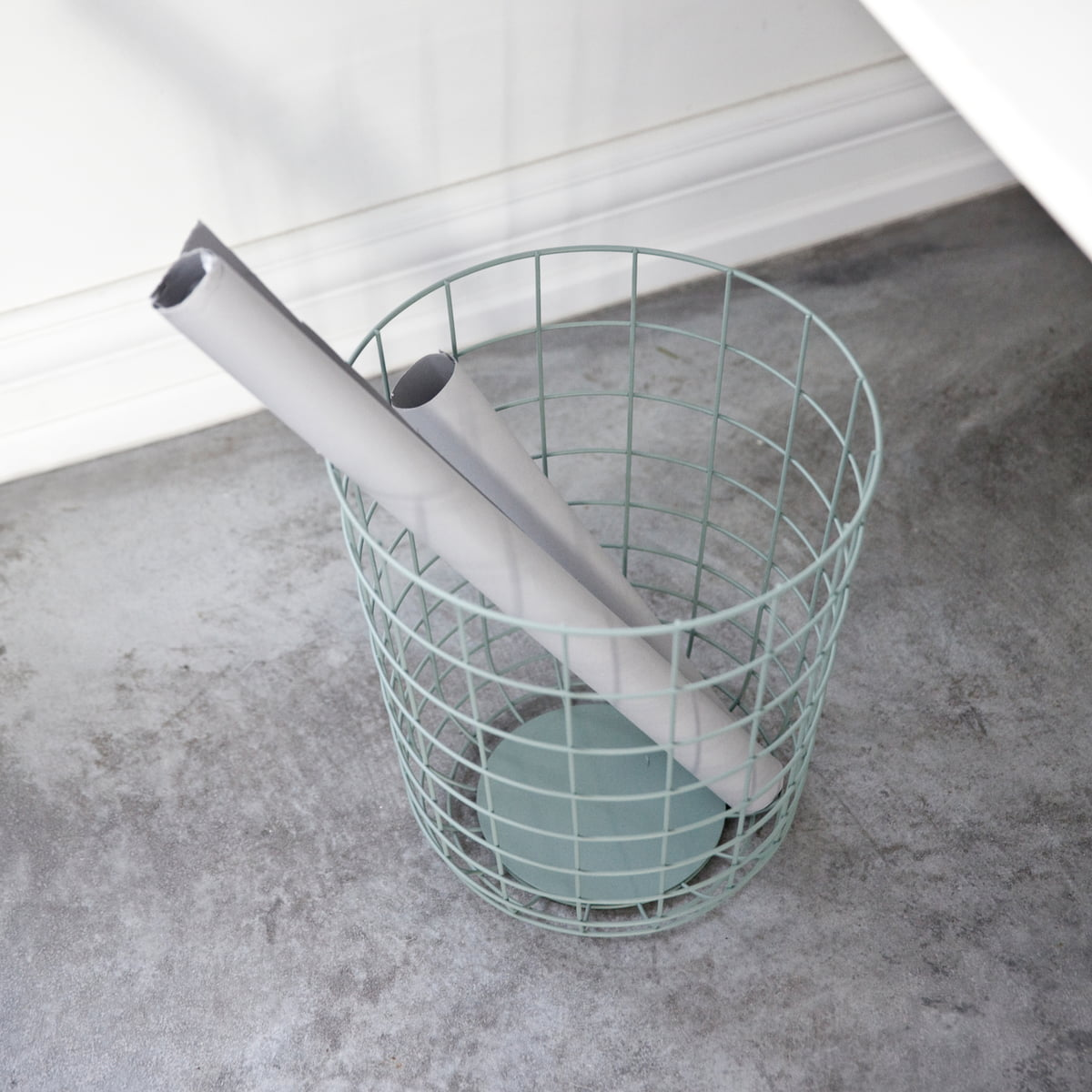 Wire Waste Basket wire bin - menu | connox online shop