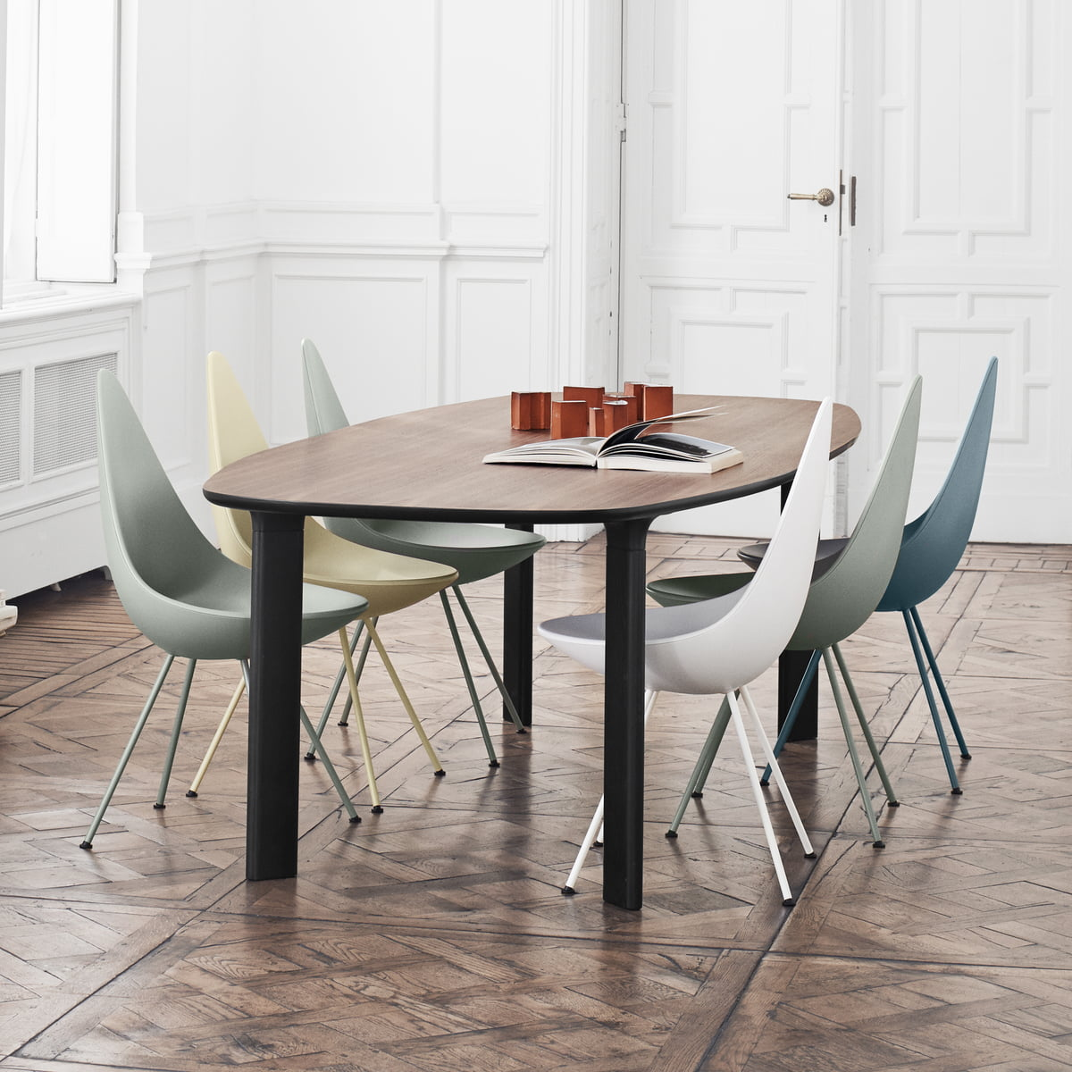 100 dining table walnut span table dining table gus. Black Bedroom Furniture Sets. Home Design Ideas