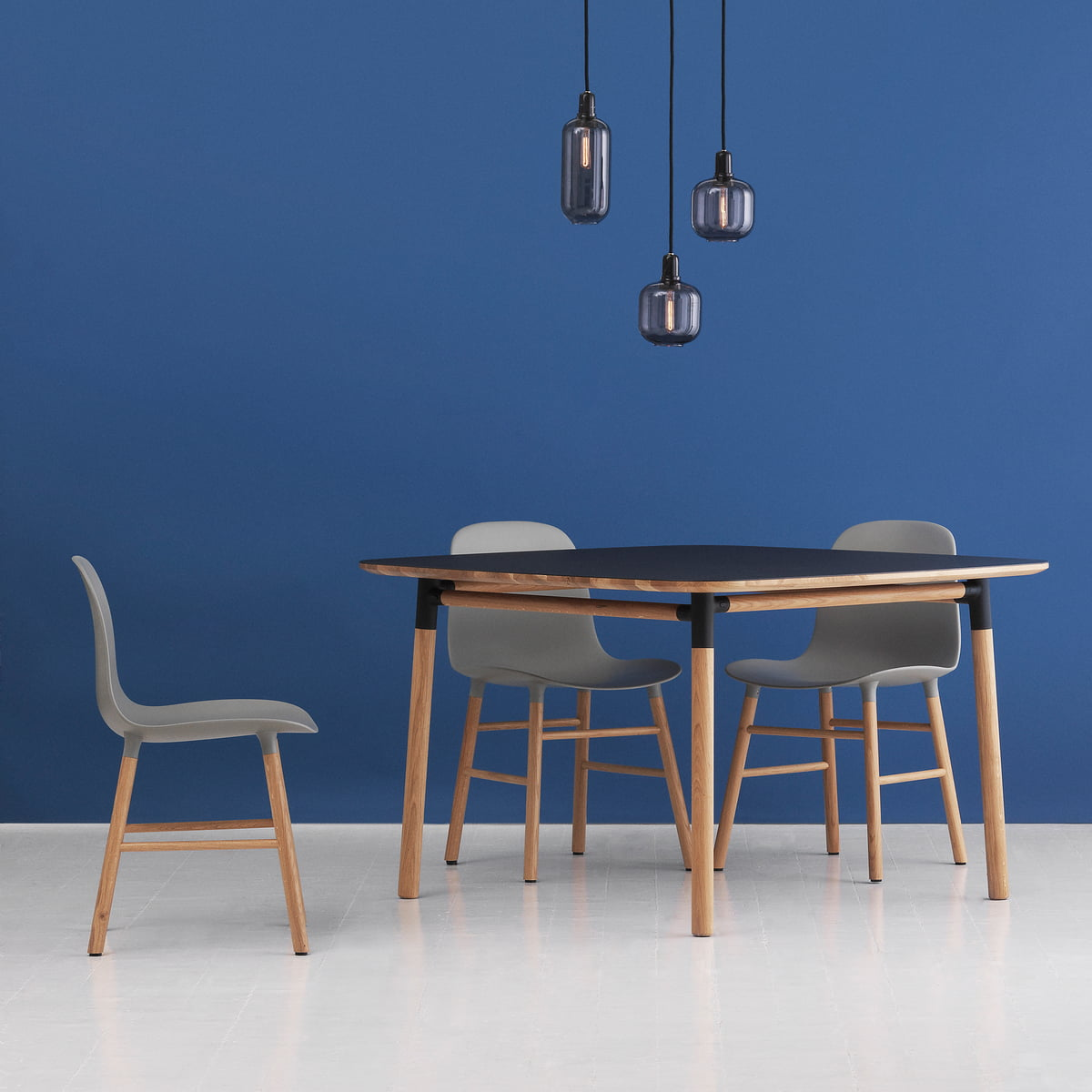 Form table by normann copenhagen at the shop for Barhocker normann copenhagen