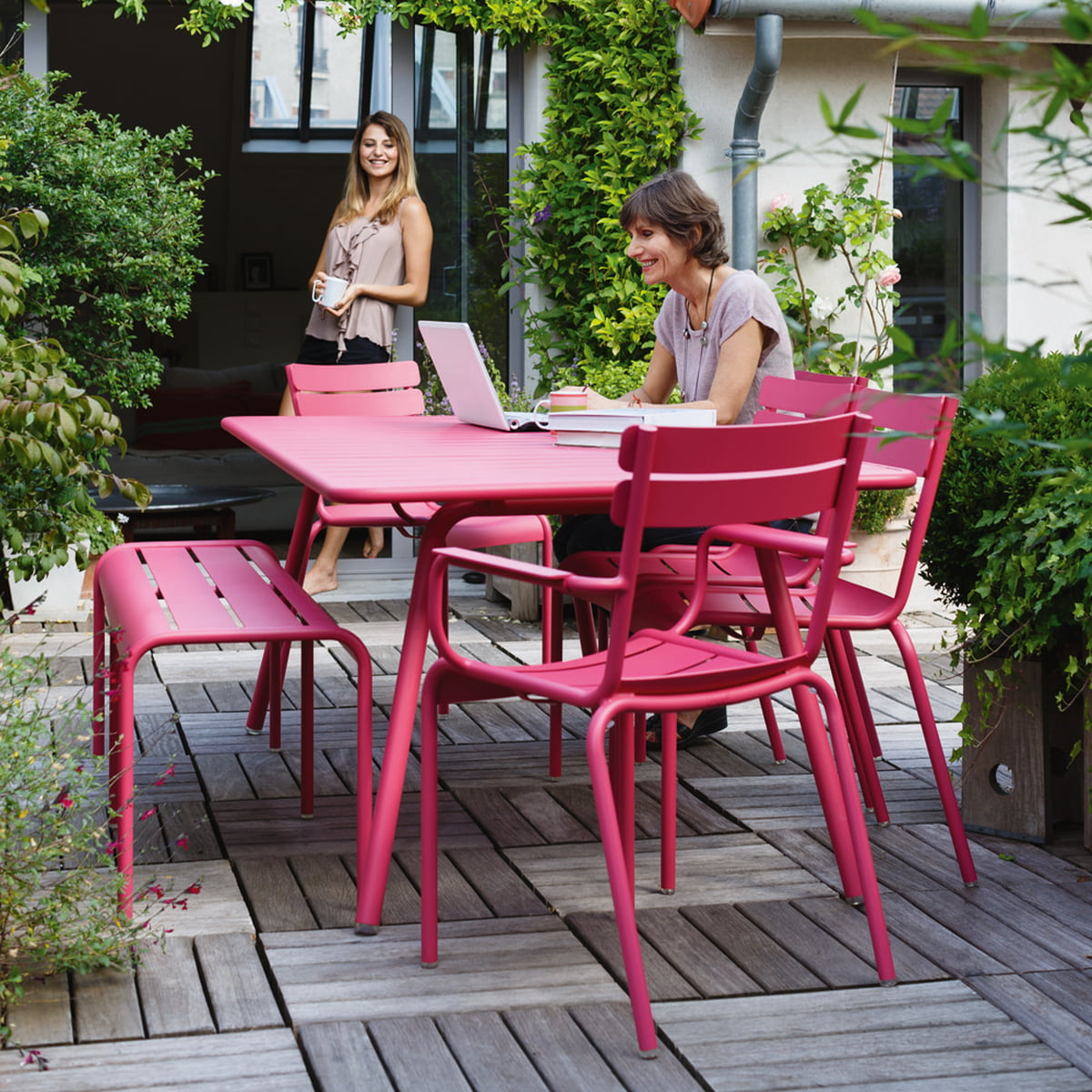 Luxembourg garden chair fermob shop for Stuhl design bilder