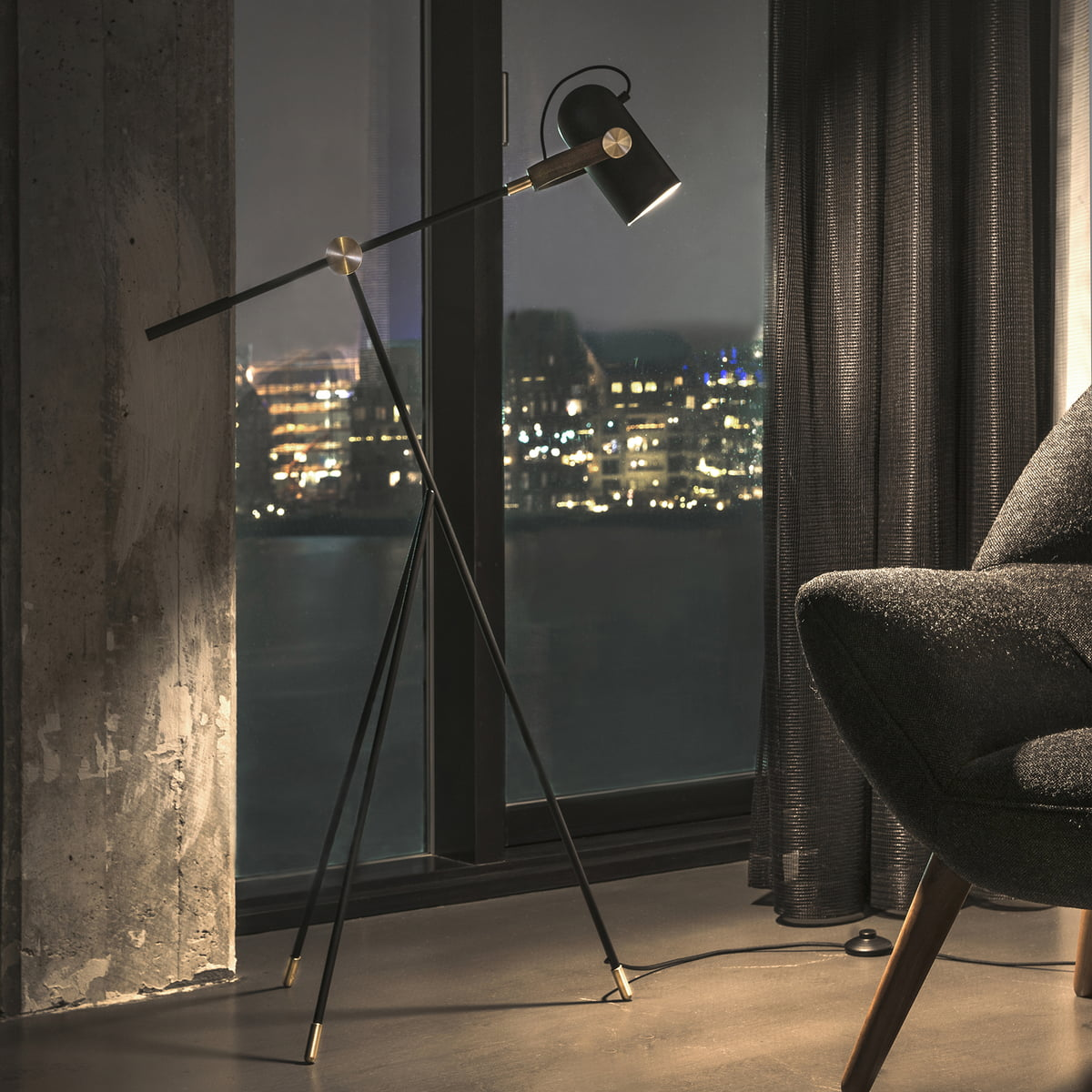 carronade low floor lamp by le klint online. Black Bedroom Furniture Sets. Home Design Ideas