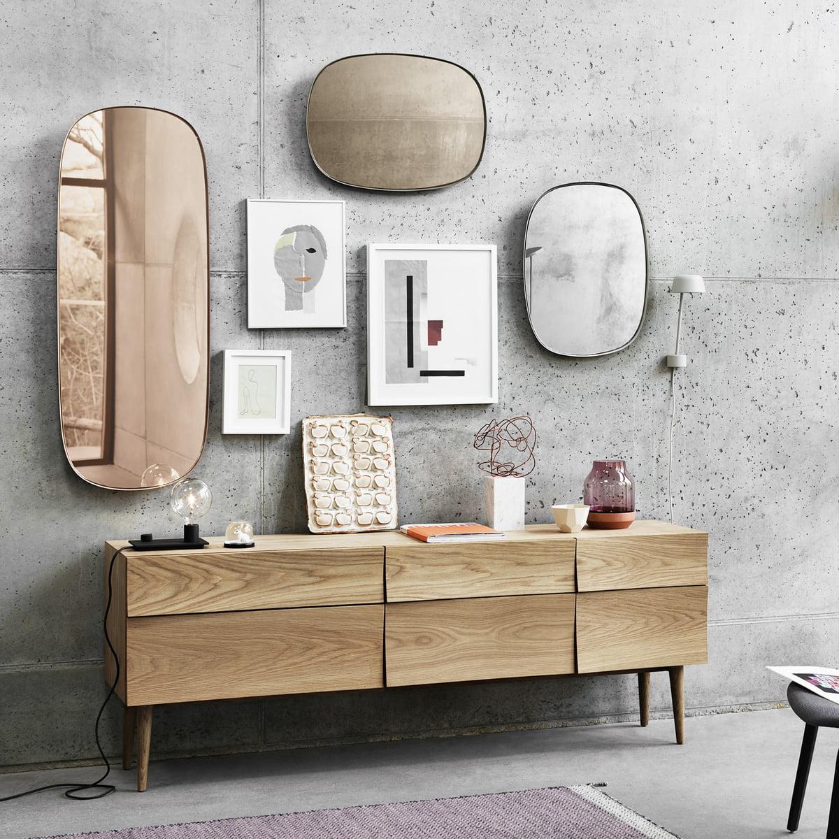 muuto framed mirror klein grau klarglas. Black Bedroom Furniture Sets. Home Design Ideas