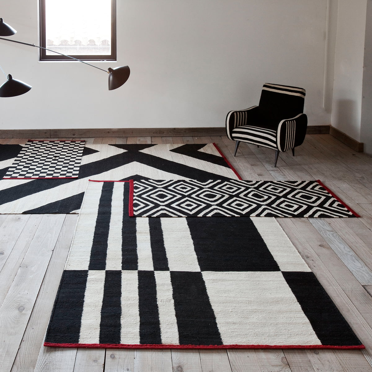 m lange stripes rug by nanimarquina. Black Bedroom Furniture Sets. Home Design Ideas