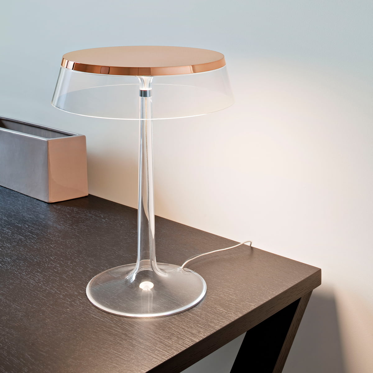 bon jour table lamp by flos in the shop. Black Bedroom Furniture Sets. Home Design Ideas