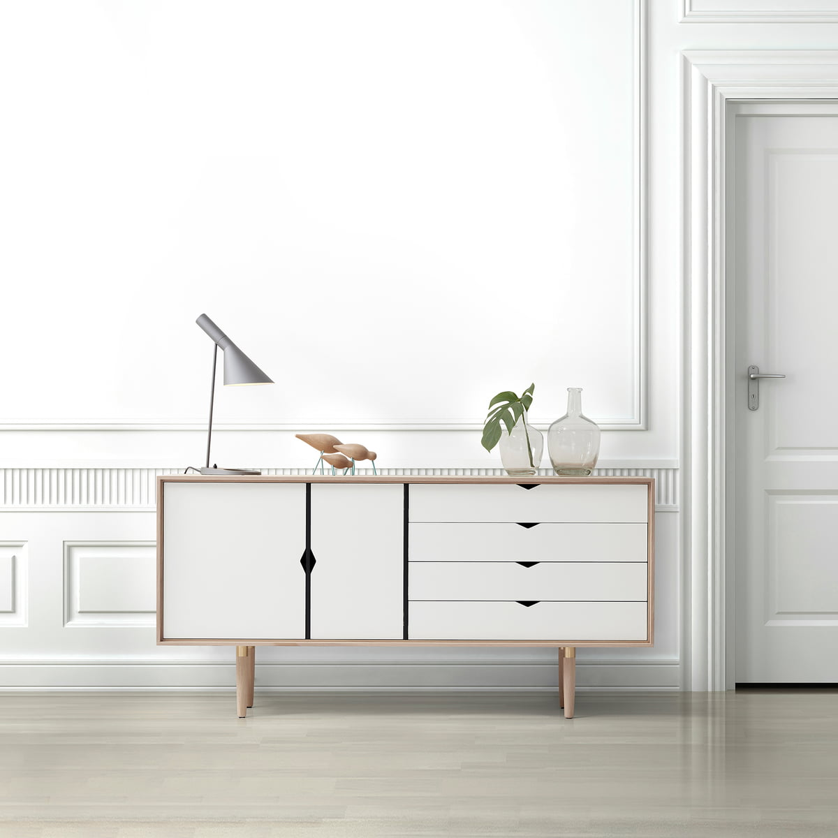 s6 sideboard unicoloured by andersen furniture. Black Bedroom Furniture Sets. Home Design Ideas