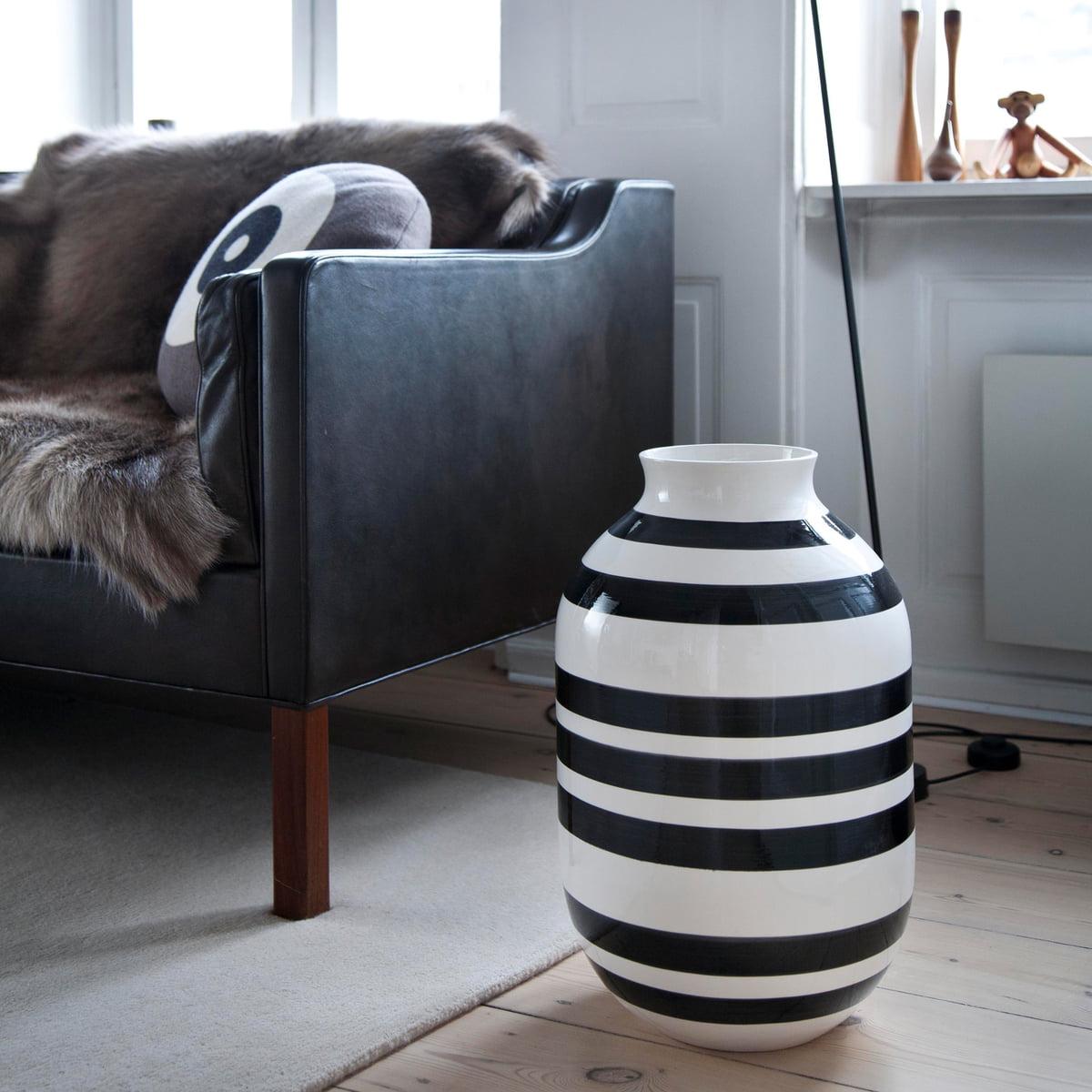 the omaggio vase h 50 cm by k hler design. Black Bedroom Furniture Sets. Home Design Ideas
