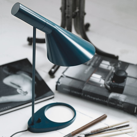 AJ table lamp, with rotatable shade