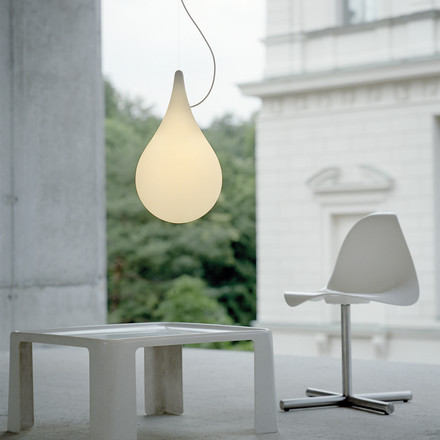 Weightless Design with the Drop_2 Pendant Lamp small by Next Home