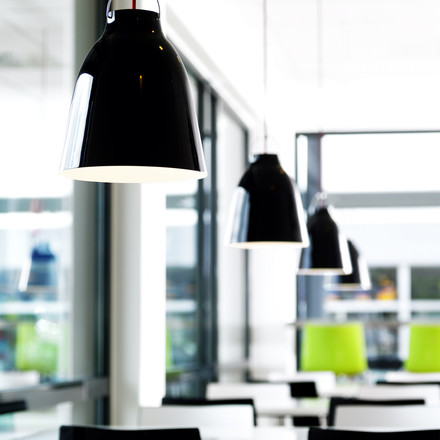 Simple Elegance: Caravaggio Pendant Lamp