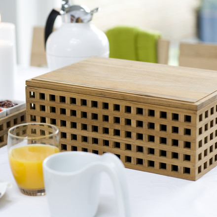 The Pantry Bread Box in grid optic by Skagerak